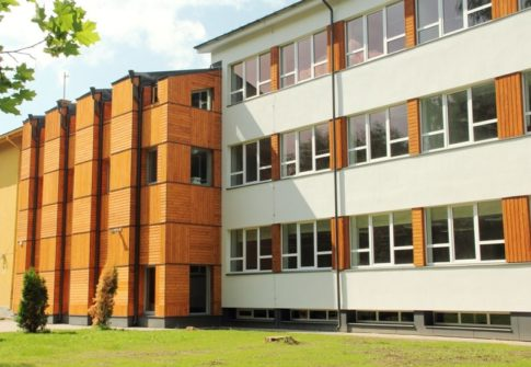 Nõo Põhikooli juurdeehituse fassaaditööd<br>Nõo alevik, Tartumaa